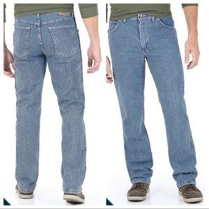 Men's Wrangler comfort waist band sz 38/29